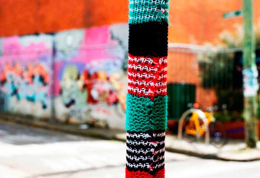 Street-knitting-1
