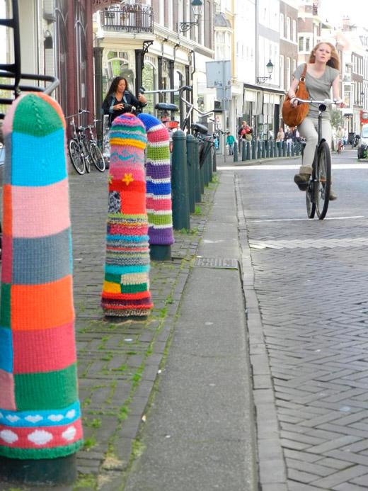 Street-knitting-3