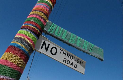 Street-knitting-6