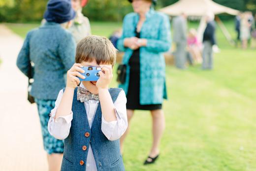 Ideas-para-entretener-niños-en-una-boda-10