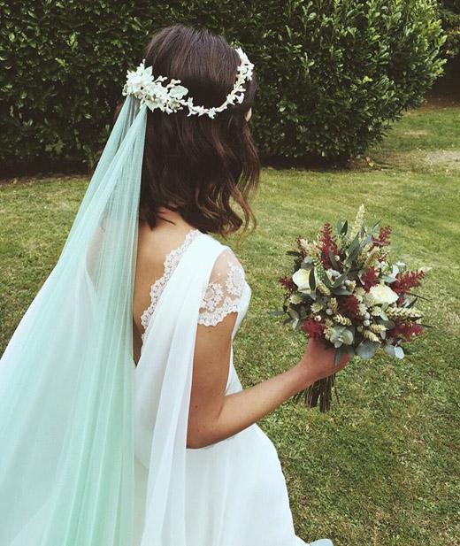 tendencias-bodas-tocados-novias-24