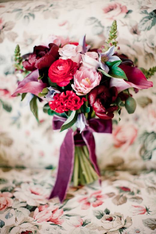 Terciopelo-para-bodas-tendencias-2017-This-Is-Kool-14